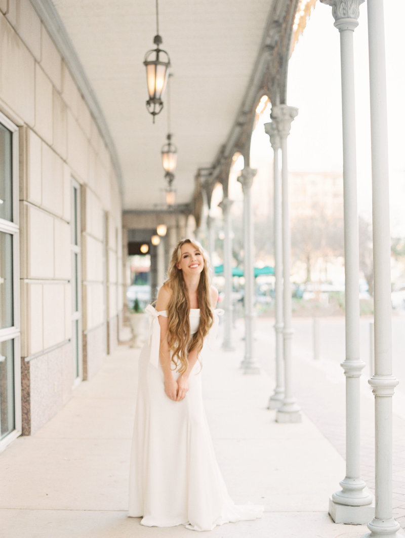 Hotel-Crescent-Dallas-Bridal-Portrait-Session-014
