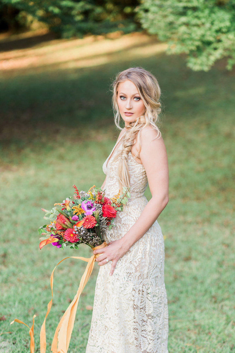 Bohemian bride and bouquet