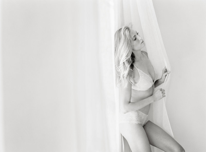 30-New-York-Boudoir-Photographer-Alicia-Swedenborg