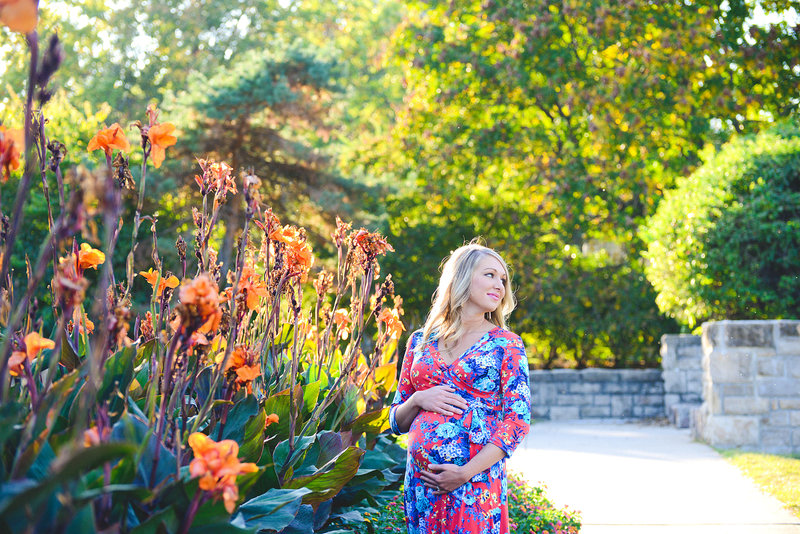 Major Maternity Pictures at Loose Park-5