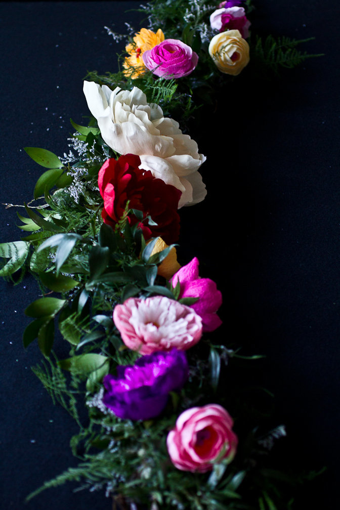 Quynh Gallerypeonygarland1