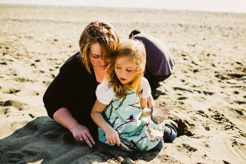 TheBraquets-AnchorageFamilyPhotographer-LaurenRobertsPhotographer-23