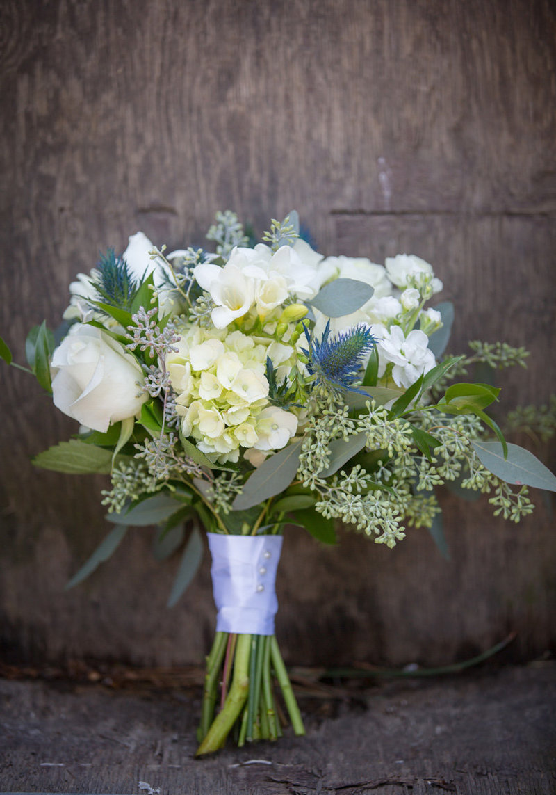 Wedding Bouquet Lake Chelan Photographer Lynette Smith Photography