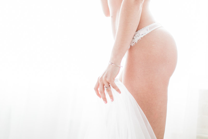 Boudoir-Session-lincoln-newport-rhodeisland-wedding-photography0264-97
