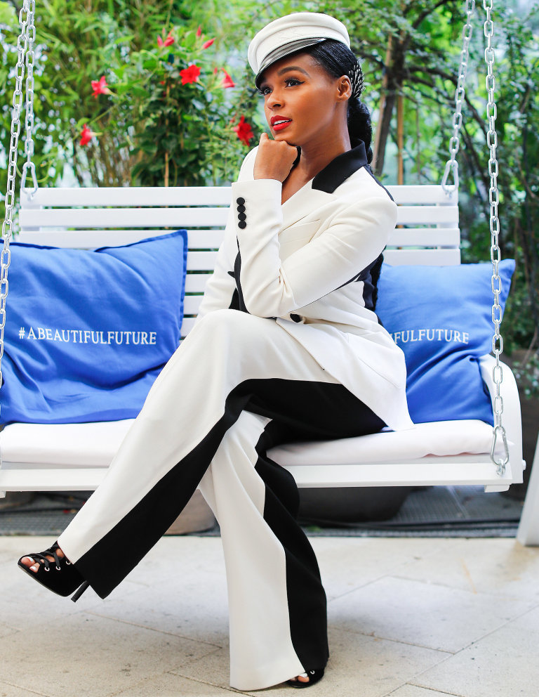 Janelle Monae  Paris Hair Stylist Artist Celebrity
