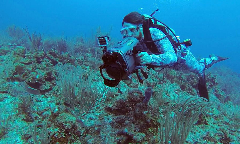 Jason Miller and Raven 6 Studios filming underwater