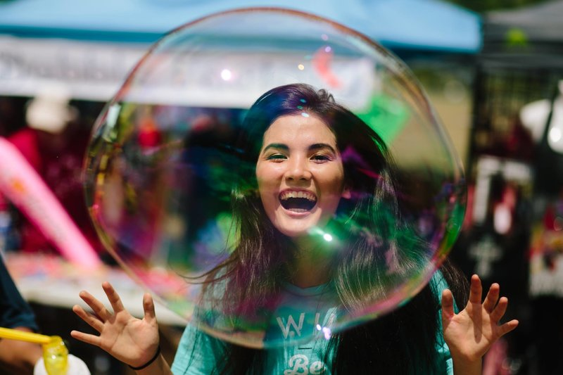 Christina-Hastings-Photography-Bubbles