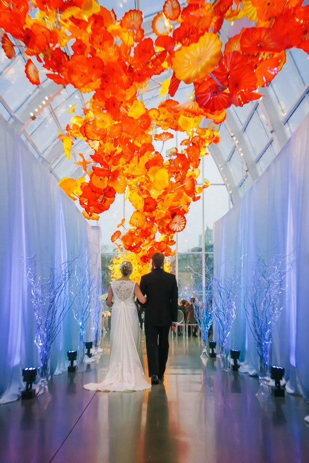weddings-at-chihuly-garden-glass-house-seattle