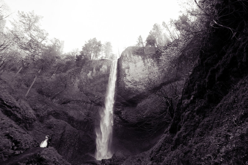 Crystal Genes Photography LATOURELL FALLS ELOPEMENT170421-155228