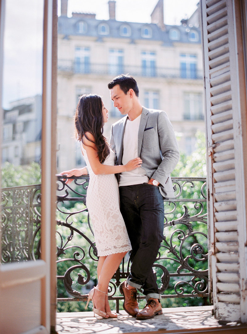 engagement_Le-Secret-d-Audrey-engagement-photos-in-paris-1(29)