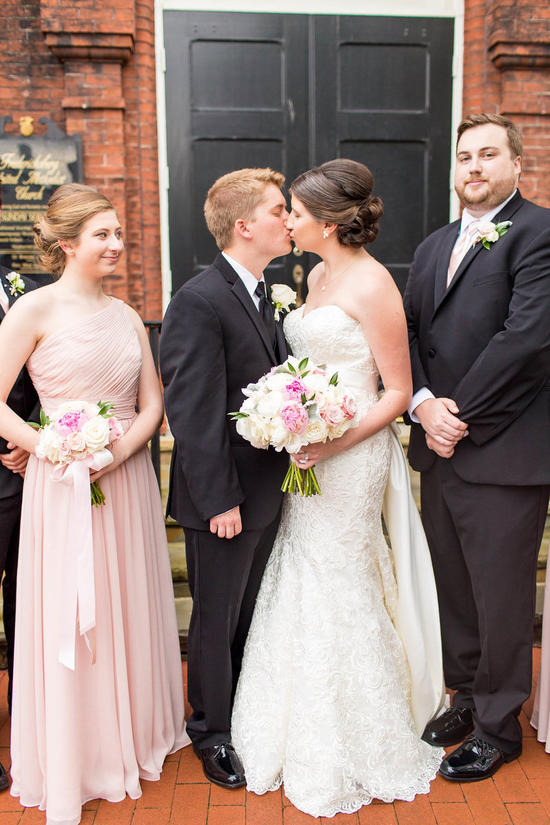 Taylor hoppe wedding