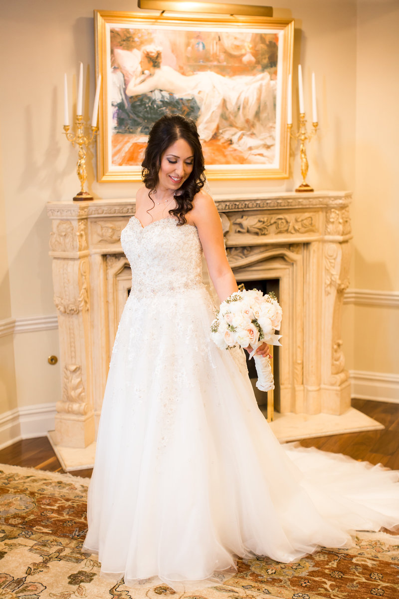 Bridal portraits at Nanina's in the Park Bridal Suite