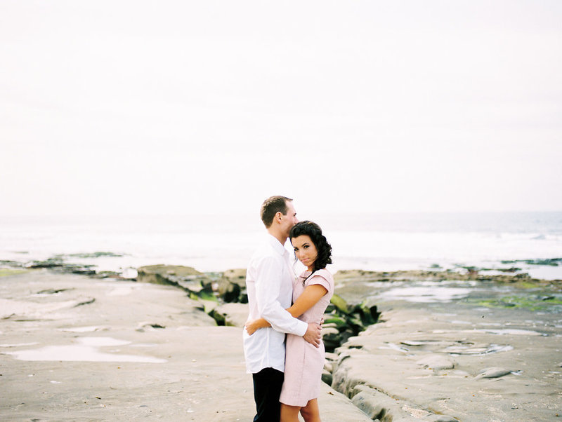 reneehollingsheadphotography_natural_coastal_wedding_inspiration-45