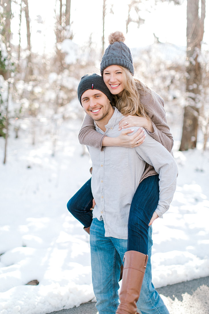 Engagement-Session-Snow-Winter-Louisville-Kentucky-Photo-by-Uniquely-His-Photography058