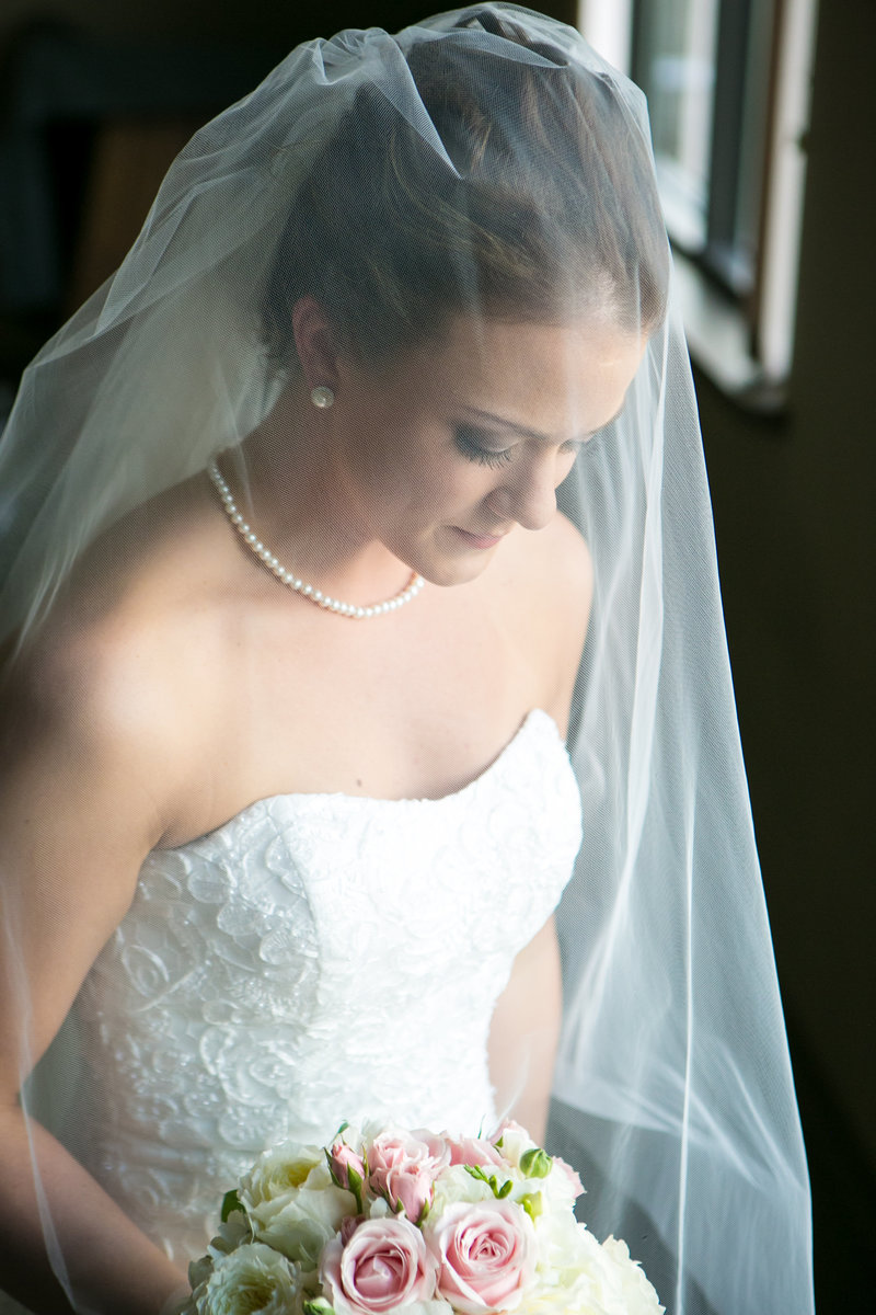 Elegant Green Bay Fall Wedding Photos by Amenson Studio-0046