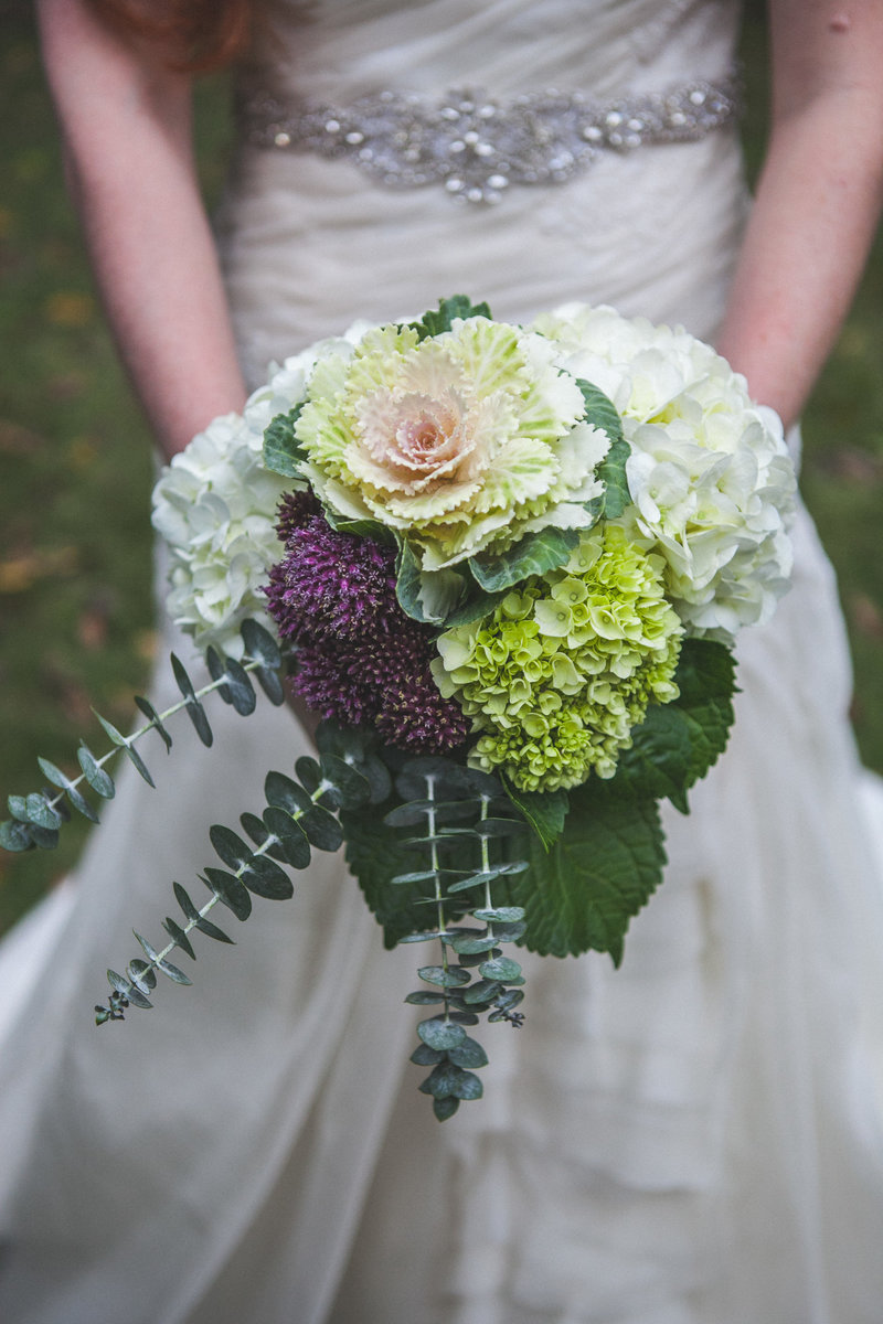 Austin Family Photographer, Tiffany Chapman, bride flowers photo