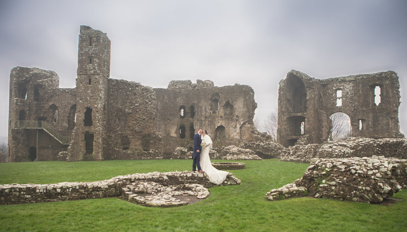 llawhaden castle wedding portrait bride and groom