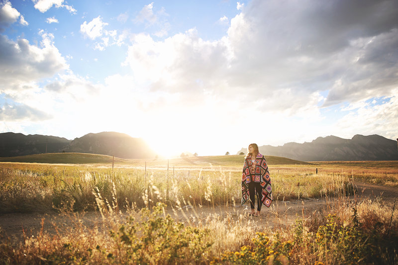 sunny sunset session in Boulder, CO by Leighellen Landskov Photography