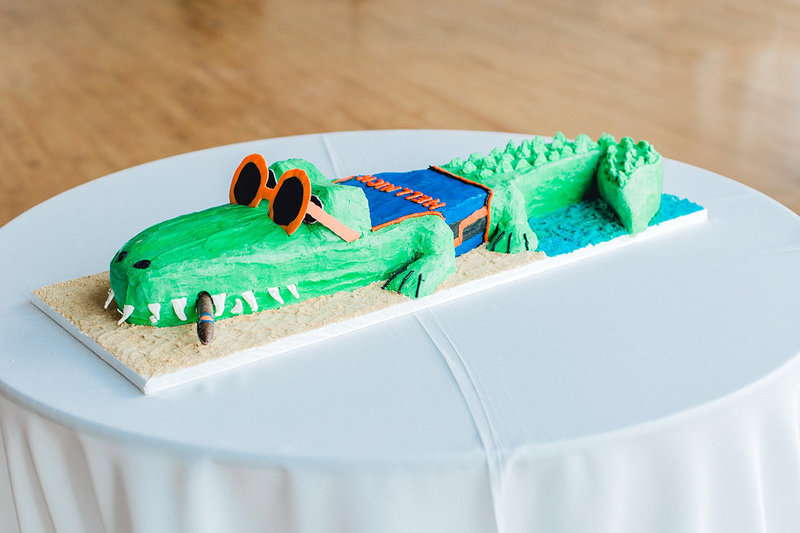 Wedding-Inspiration-Grooms-Cake-Gators-Photo-by-Uniquely-His-Photography01