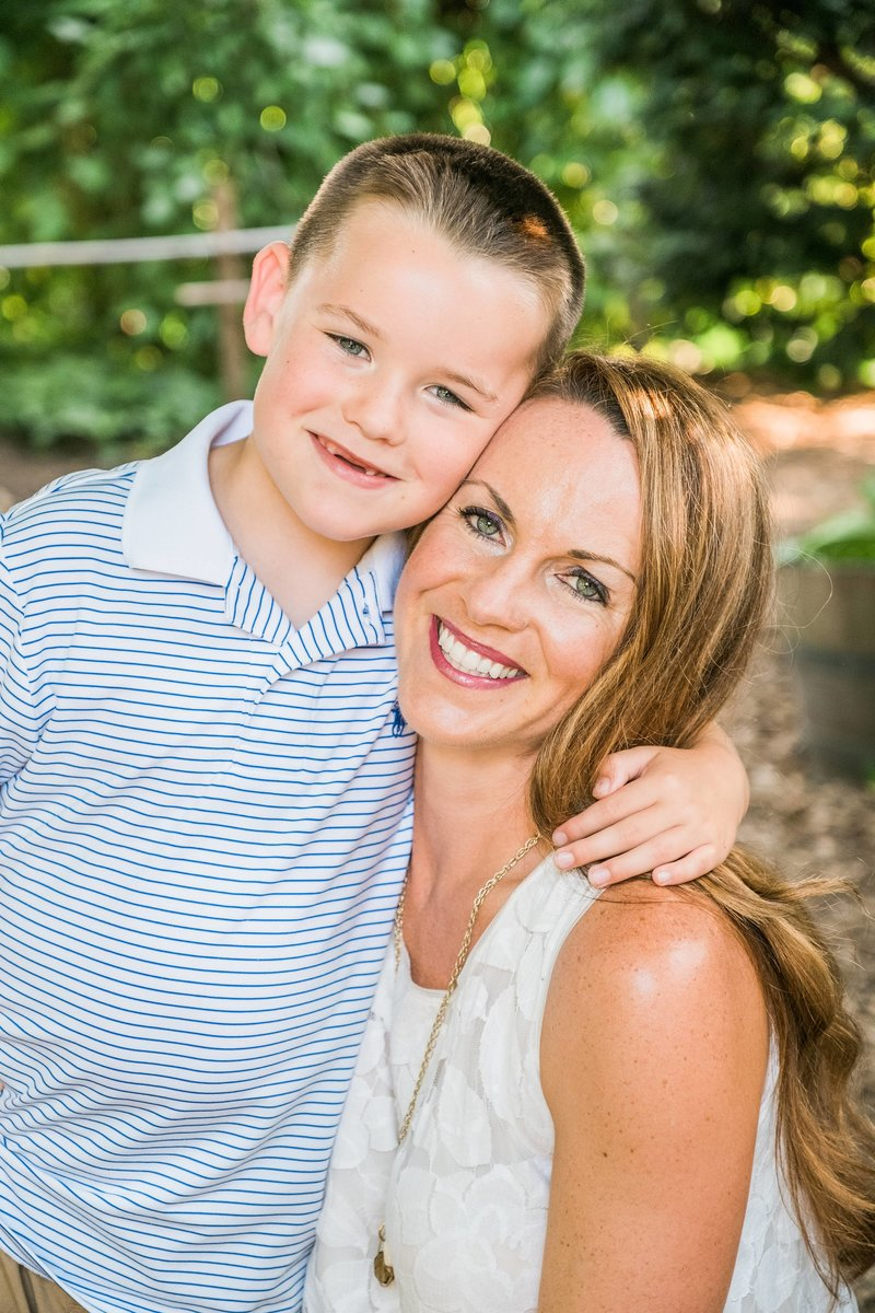 NicolePeachPhotography_GunsonFamily_Summer2017-60_Web