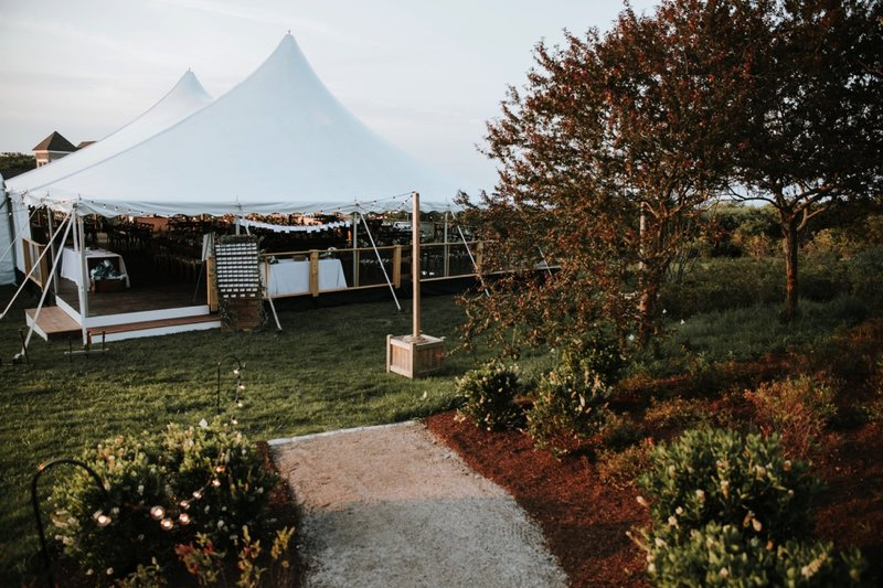 cape-elizabeth-portland-maine-backyard-lighthouse-wedding-106