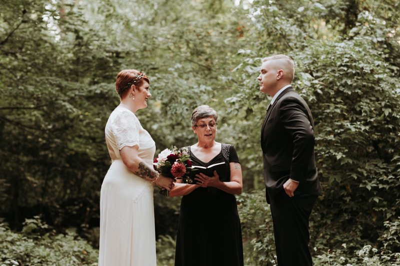 forest-elopement-cincinnati-wedding-photography-13