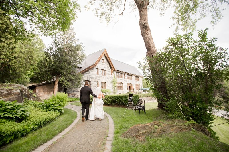 Castle Hill Inn Resort Wedding ceremony photo