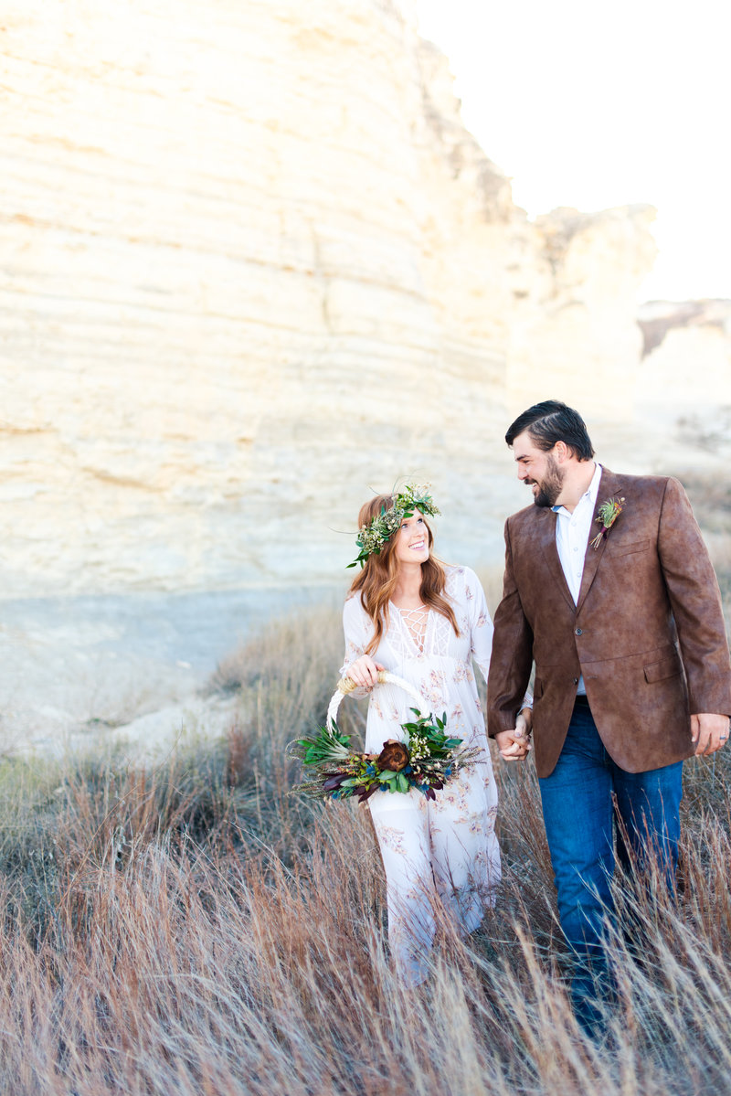 Boho_Desert_Elopement_Styled_Shoot-56