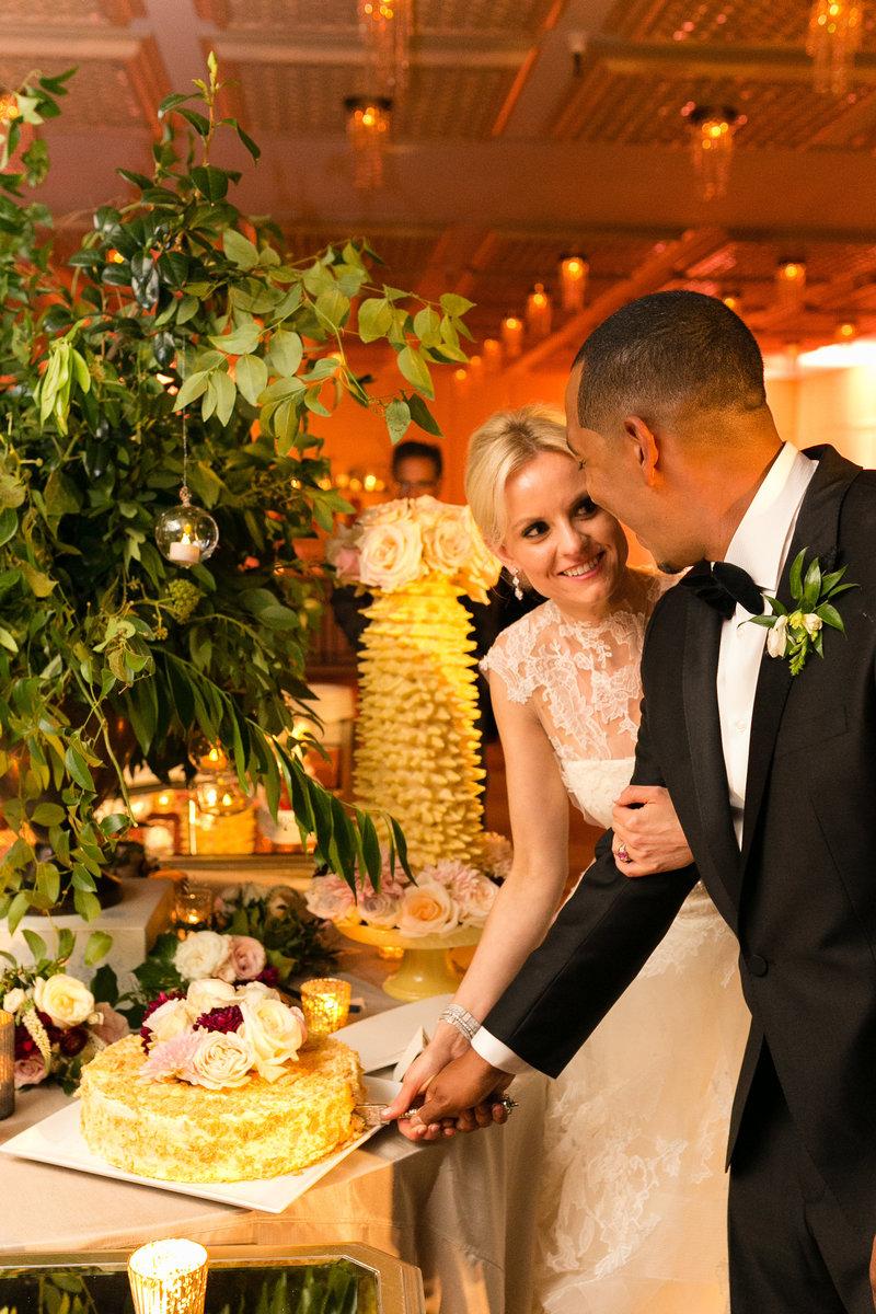 Ritz Carlton Chicago Wedding Photos-1030