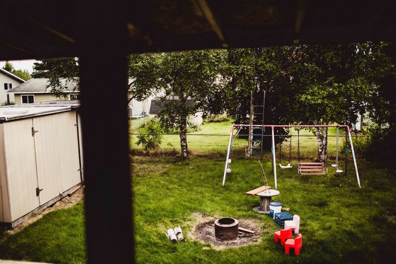 TheHousers-EagleRiver-BackyardWedding-©LaurenRoberts2016-1b