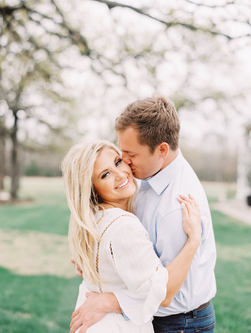White-Sparrow-Barn-Engagement-session-Kristin+Chase083