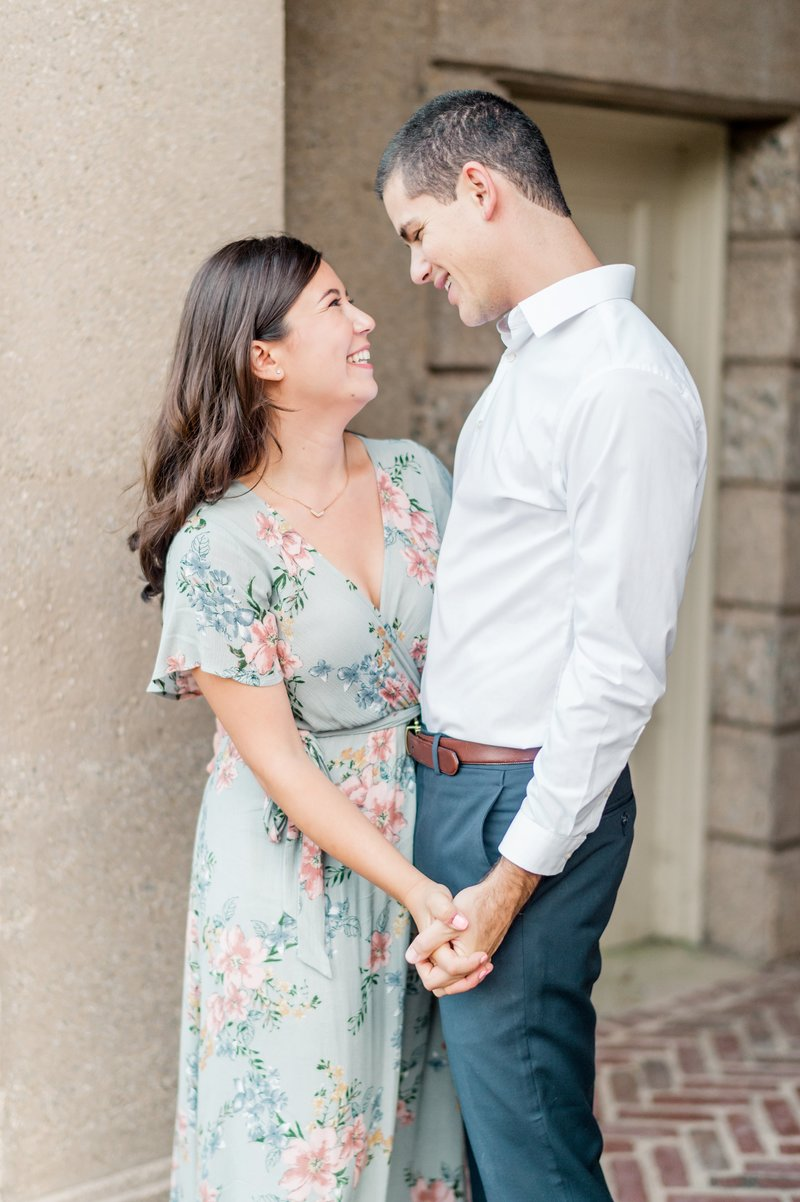 Crane_Estate_Engagement_Portraits_in_Boston_by_Wedding_Photographer_Lauren_R_Swann__0095-photo