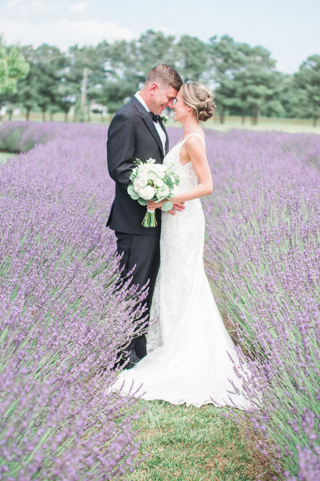 manda-weaver-photography-lavender-filled-wedding-on-the-bay-01