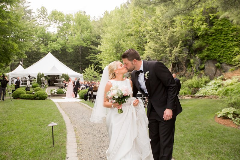 NJ Wedding Photographers capture Vermont destination wedding