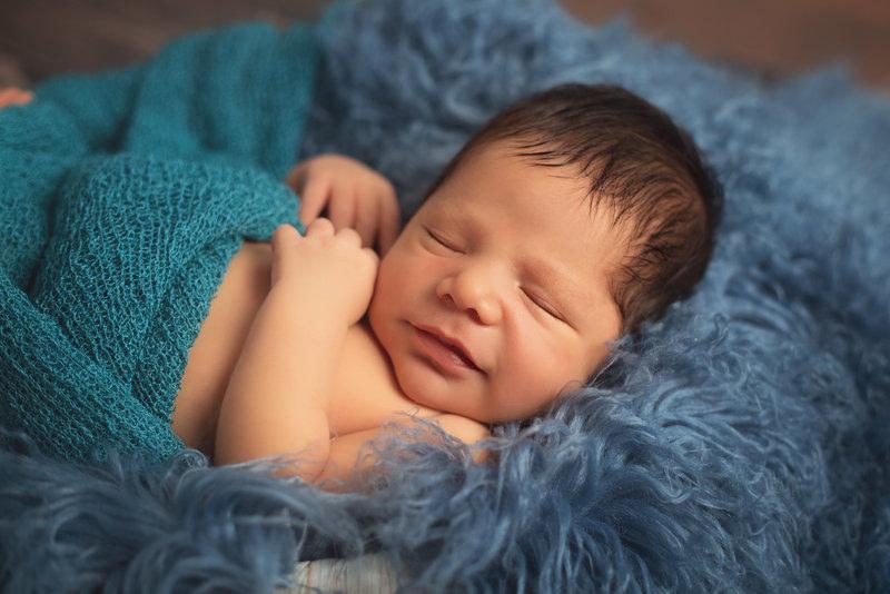 emilio newborn-2