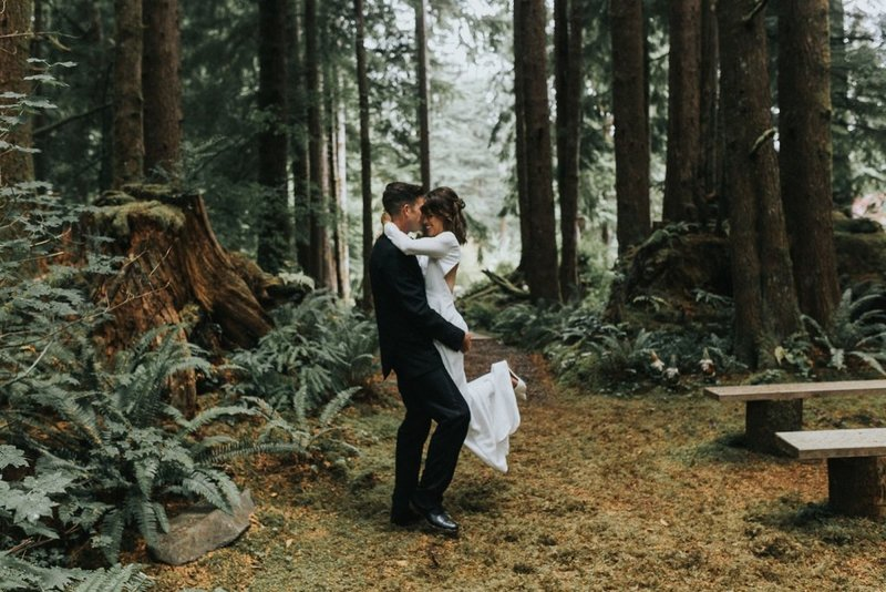 ashley-jones-beginning-and-end-photography-fern-acres-forks-washington-forest-woods-elopement-wedding-vow-renewal-session-033-1200x800