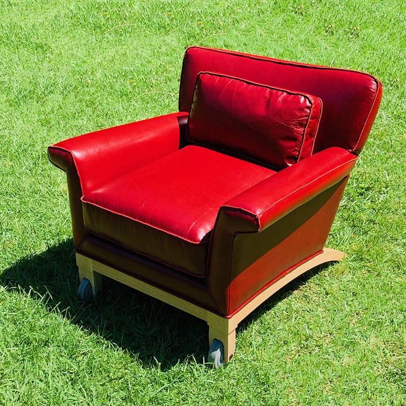 Club chair red