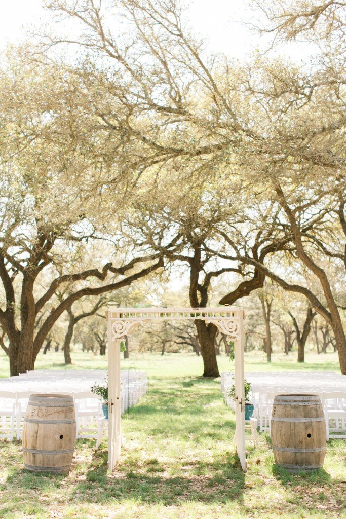 hye-meadow-winery-wedding-pictures_0832-683x1024