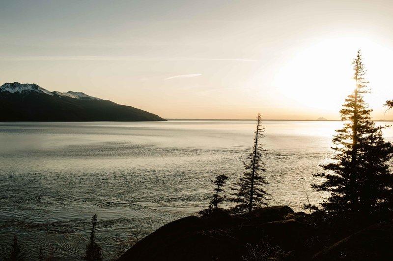 AiliChase-AlaskaEngagementPhotographer-LaurenRobertsPhotographer-30