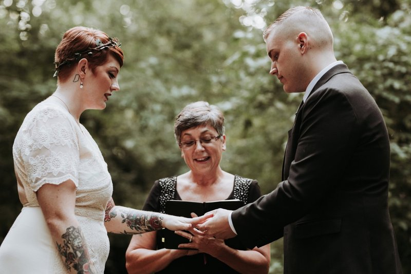 forest-elopement-cincinnati-wedding-photography-25