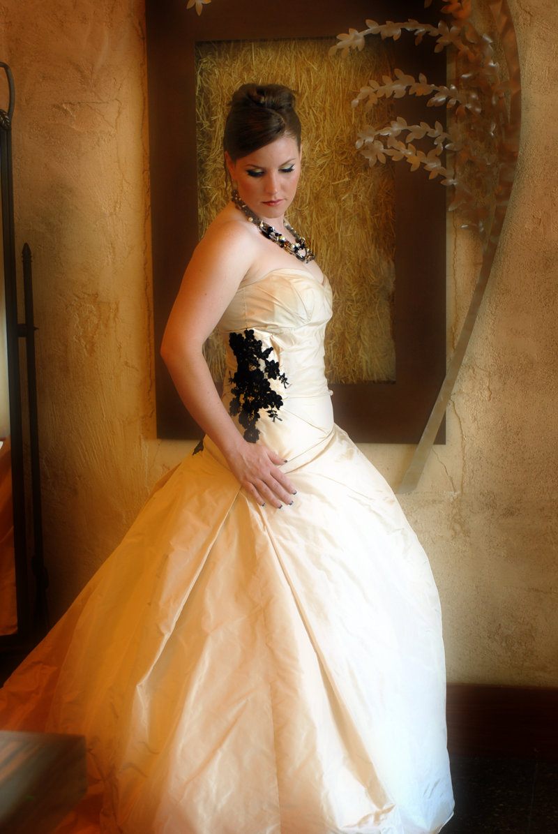 erin_wedding_dress_2