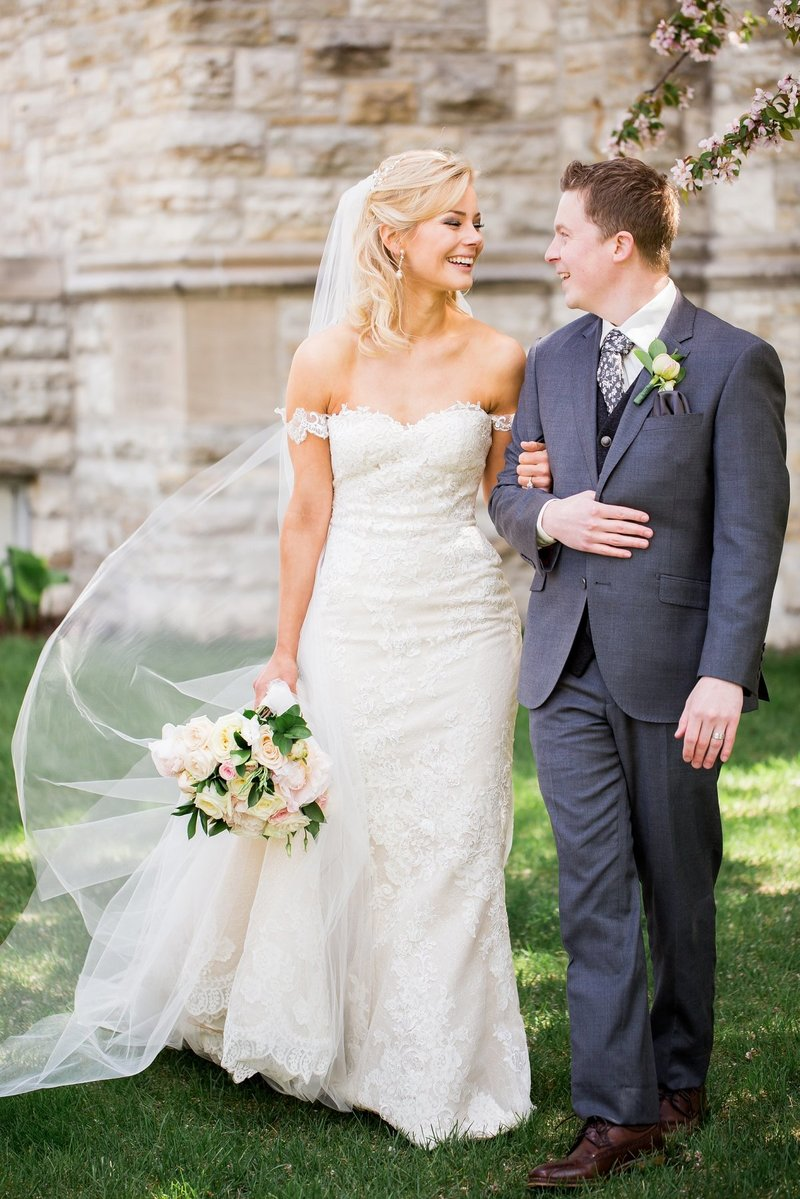 Abby Anderson Fargo Wedding Photographer First Presbyterian Church
