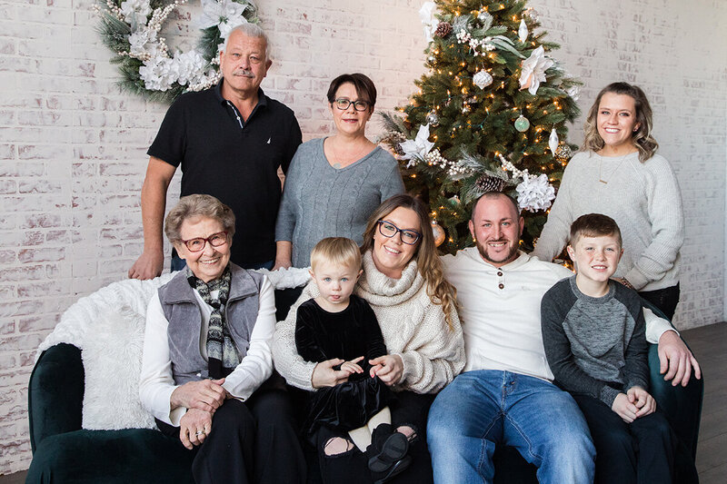 Karabin-Family-Holiday-Photos-2019-4