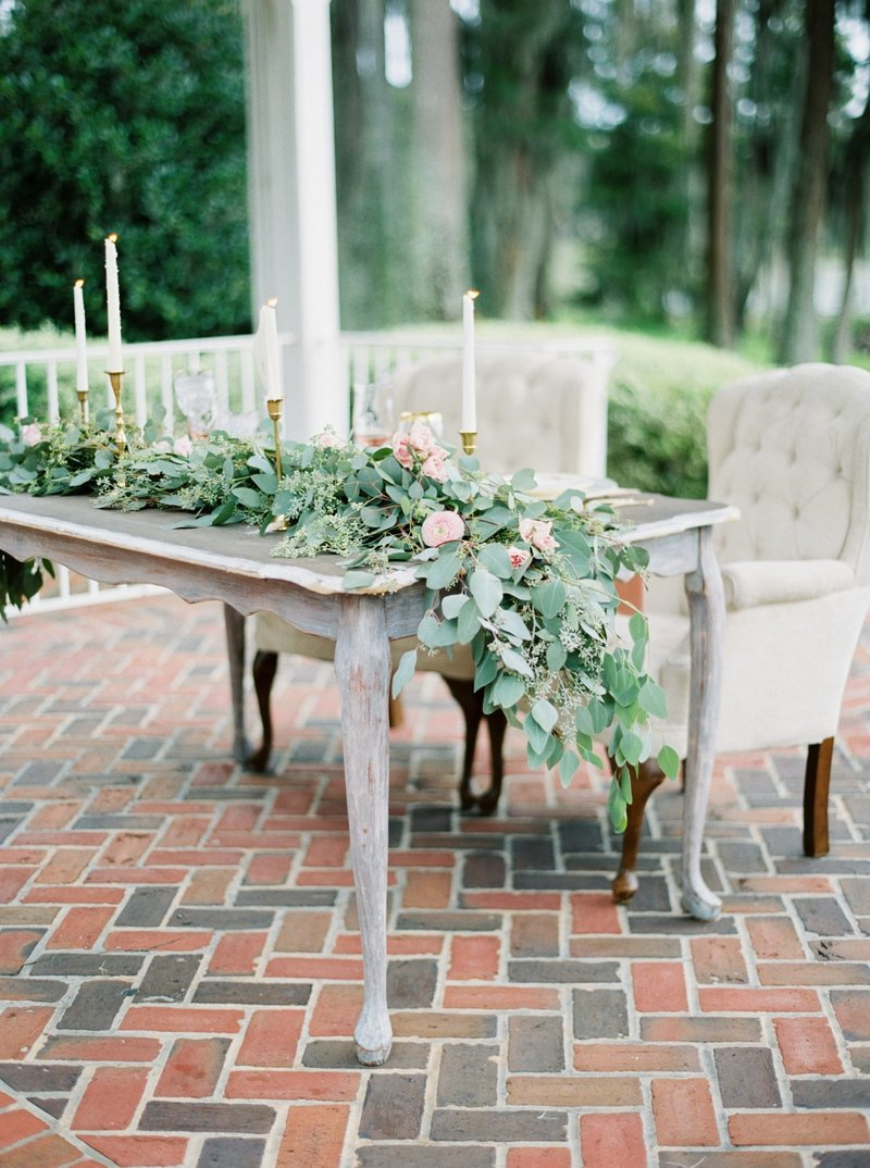 cypress grove estate house _ cypress grove estate house wedding _ orlando wedding photographer _ Tiffany danielle photography _ garden wedding _ antique wedding _ jane austen inspired wedding _ jane austen (5)