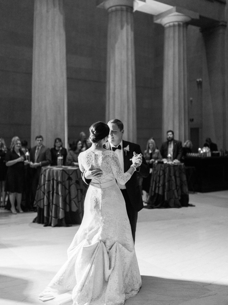 Jordan-and-Alaina-Photography-Nashville-Wedding-Photographer-Parthenon-Belmont-Chapel-Tennessee-State-Capitol-first-dance
