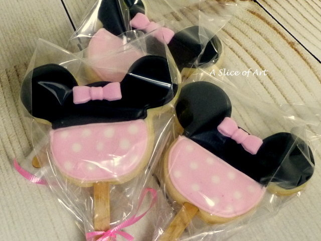 decorated mimi cookies