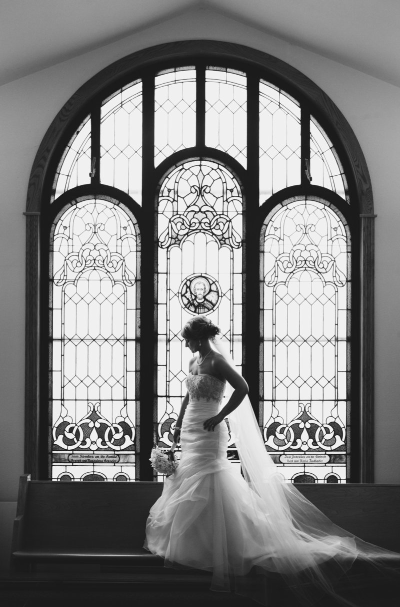 Luxury Wedding Photographers With You - Authentic Creative Artistic Timeless Destination Midwest Photographers - Web-21
