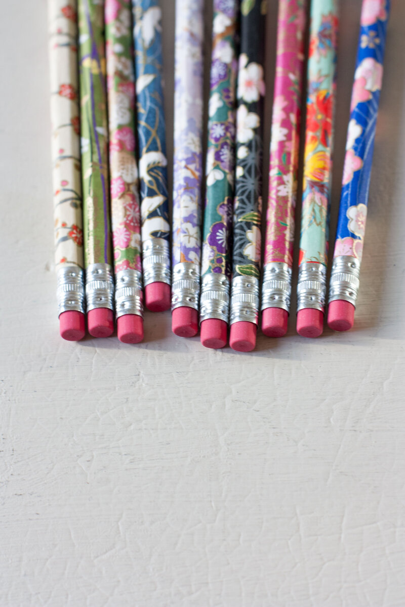 DIY-designer-wrapped-pencils-thesarahjohnson-2 copy