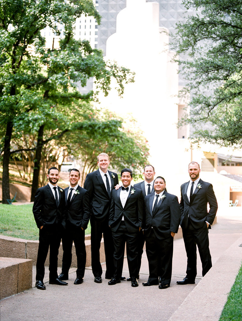 tower_club_dallas_wedding_photographer_bethany_erin-55