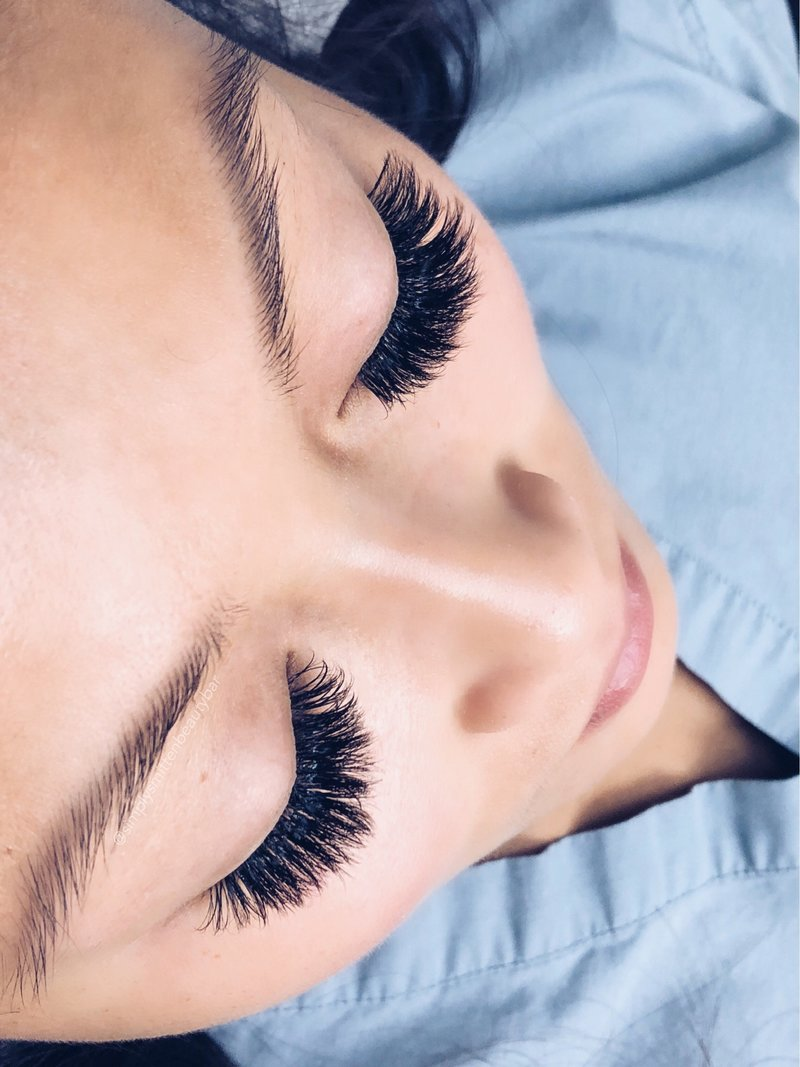 Bridal lash extensions